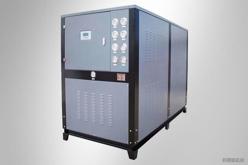 如何選購注塑機,擠塑機配套冷水機